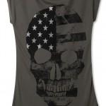 Marisa apresenta nova linha de T-shirts