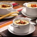 Sopa de Fubá e Catupiry® com Ragú de Carne Moída
