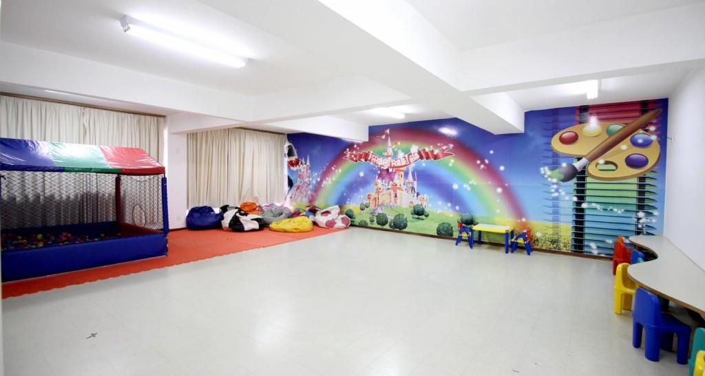 34 - Área Kids