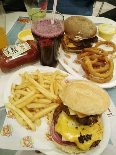 lanches_hamburguer_johnny_rockets