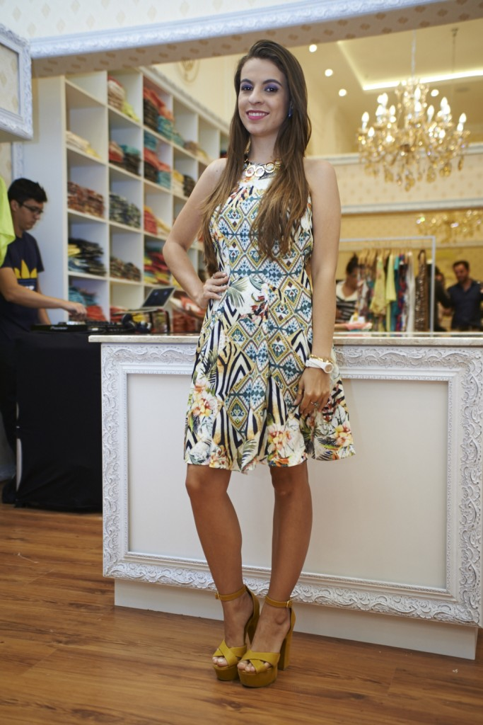 eva-bella-vestidos-verao-looks-mega-polo--moda-blog-caren-sales