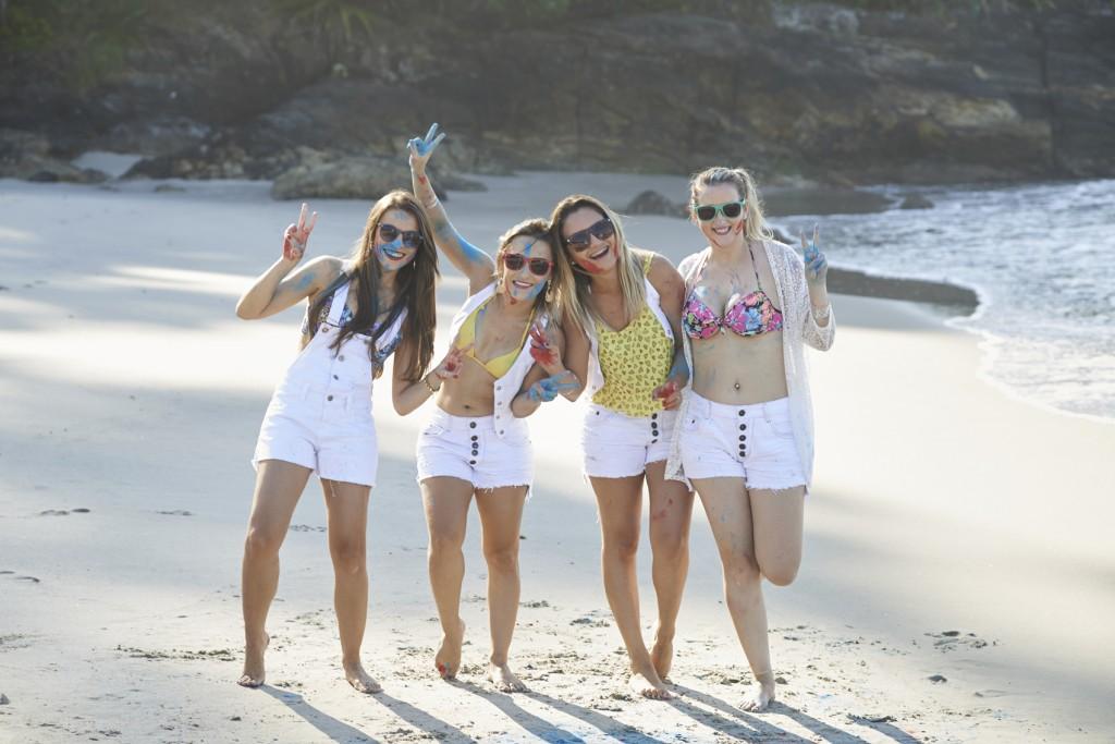 amigas-blogueiras-campinas-moda-beleza-looks-fumaca-colorida-camburi-happy-holi