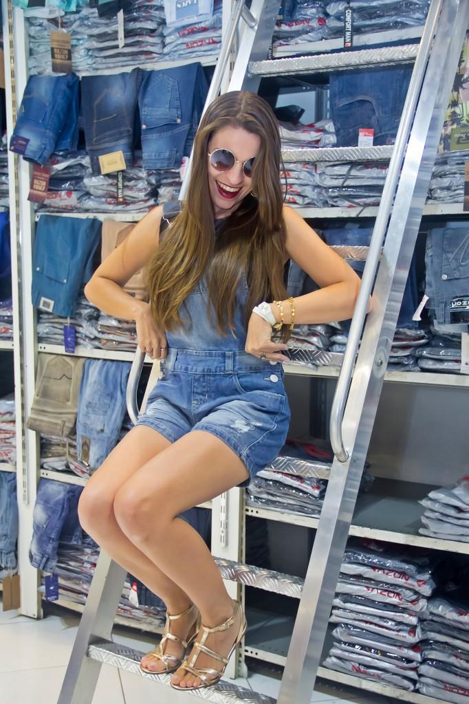 looks-bras-moda-razon-blogueiras-caren-sales-jardineira-compras