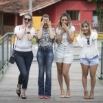 Editorial Alto Verão – Jeans com a Viti Girls