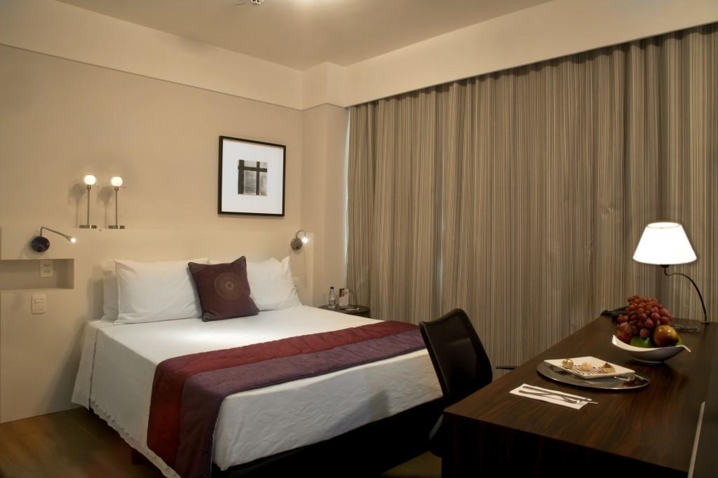 Comfort Suites - Luxo Queen - com cozinha -comfot-suites-alphaville-blog-caren-sales