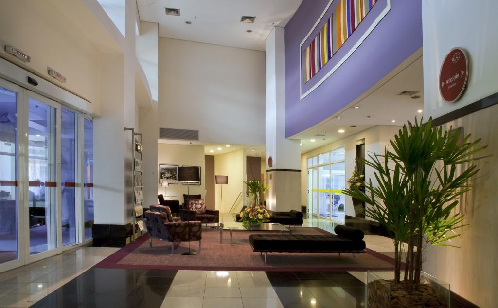 Lobby Comfort Suítes 2-comfot-suites-alphaville-blog-caren-sales